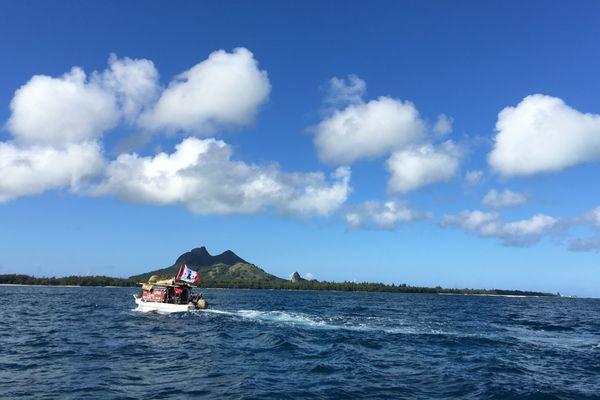 Vue de Tubuai, chef-lieu de l'archipel des Australes
