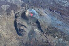 Reconstitution 3D du site éruptif par méthode stéréophotogrammétrique à partir des images acquises par Survol Réunion