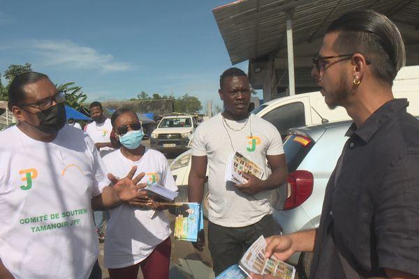 Cayenne : la campagne électorale fait son marché
