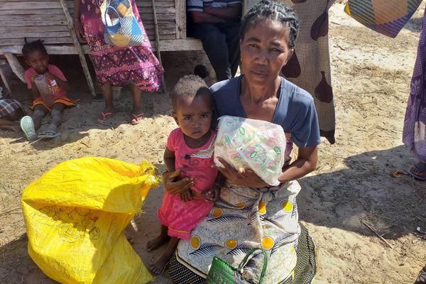 """Opération """"Kéré 2020"""" : les premières distributions débutent dans le Sud de Madagascar"""