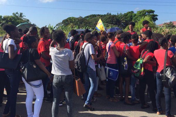 Manifestation des lycéens de Félix Eboué