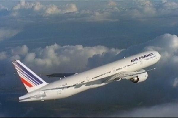 Fermeture des frontières : les dettes des compagnies aériennes s'envolent