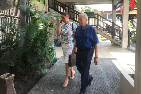 Arrivée de Gaston Flosse et Pascale Haiti au tribunal de Papeete le 21 janvier 2020