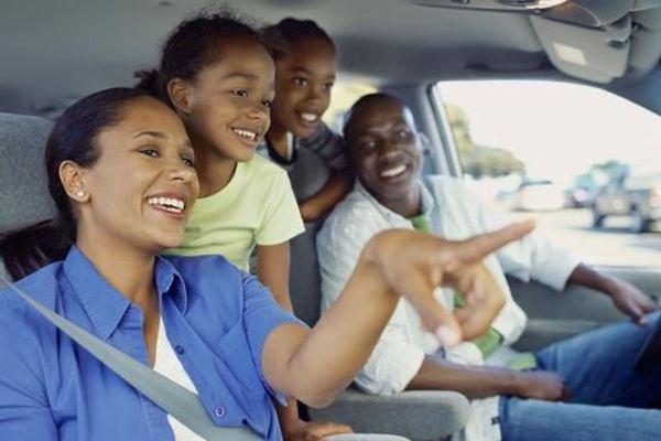 Famille en voiture 1