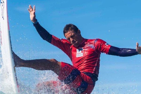 Jorgann Couzinet remporte la Coupe de France de surf 2014.