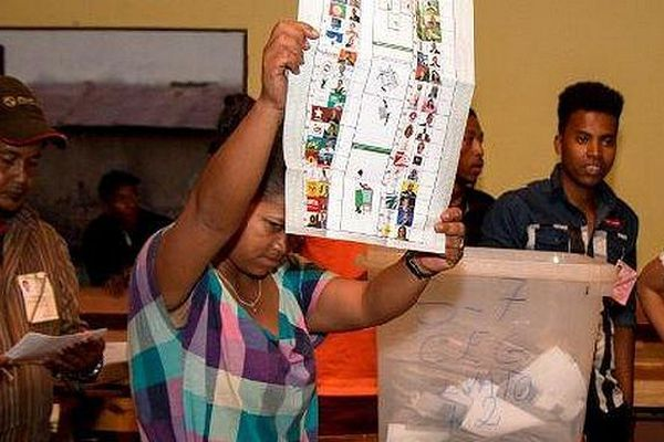 Bureau de vote à Madagascar mars 2019