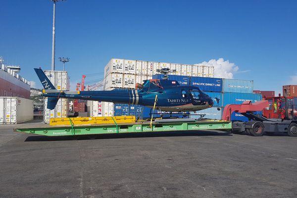 Arrivée des appareils de Tahiti Nui Helicopters