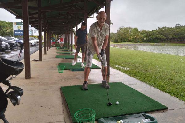 Initiation golf à Tina