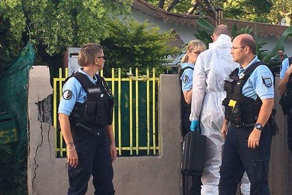 Un homme tué d'un coup de couteau à Saint-Louis, samedi 9 novembre.