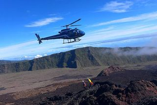Ecureuil du PGHM évacuation au volcan