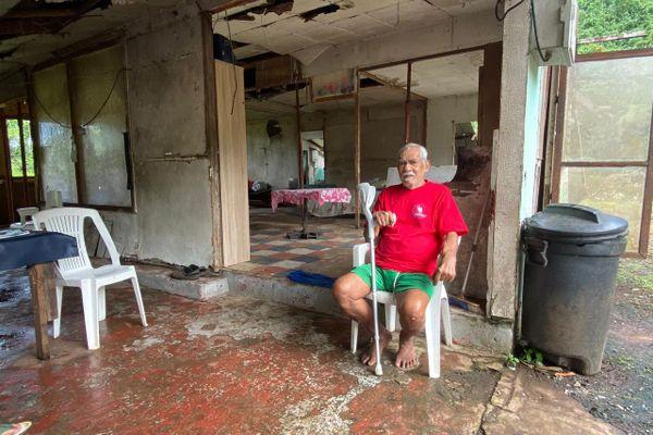 La maison insalubre de Denis à Mahaena