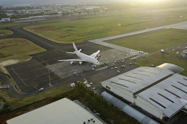 tarmac aéroport Pôle Caraïbes