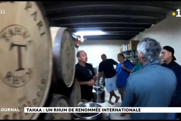 Cyril Tetuanui salue le travail de la rhumerie de Tahaa
