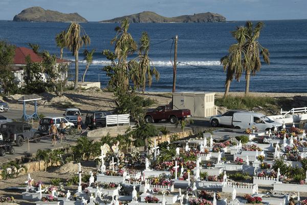 La tombe de Johnny Hallyday le 12 décembre dernier à Saint-Barthélémy.