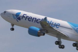 """Air Caraïbes inaugure """"French blue"""" sa compagnie low cost long courrier"""