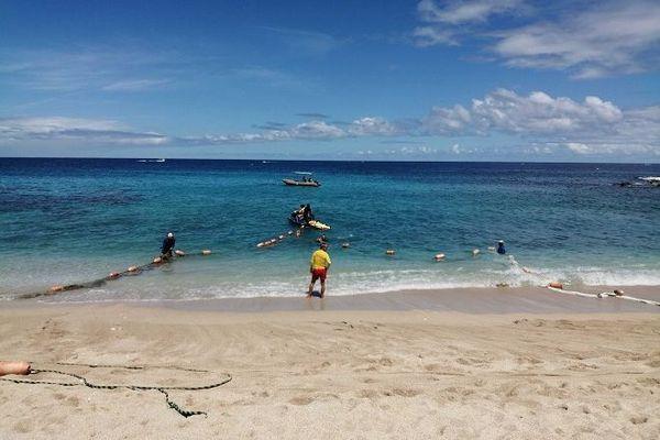 La baignade est à nouveau possible, ce samedi 11 janvier, sur la plage de Boucan Canot.