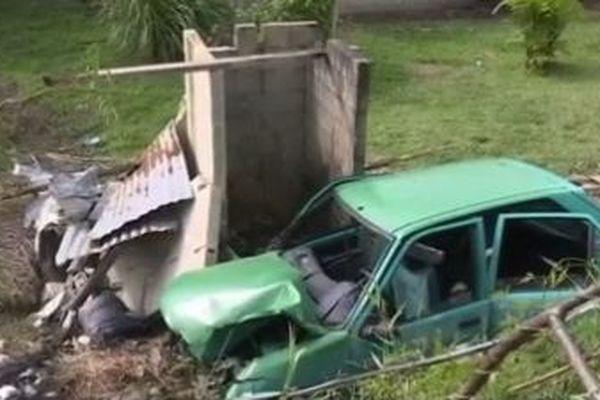 Accident à Saint-Laurent provoqué par un mineur au volant