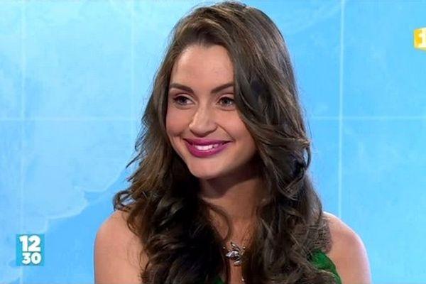 Miss Réunion : Florence Bourgeois, candidate n°6, dans le journal de la mi-journée