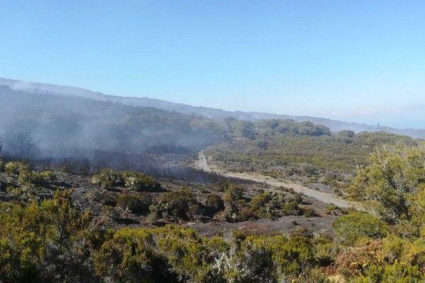 Incendie au Maïdo Jour 3 feu 091120
