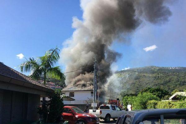 Incendie à Punaauia