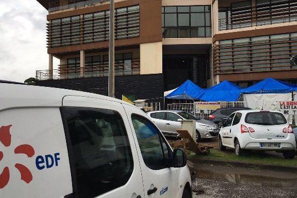 Le collectif « Pou Lagwiyann Dékolé » envisage de nouvelles actions si aucun accord n'est trouvé pour les grévistes d'EDF et le CHAR