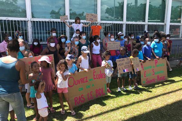 Mobilisation parents d'élèves