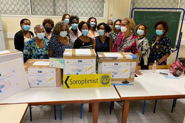 Club Soroptimist don de masques