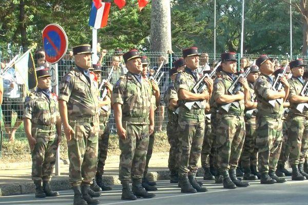 Défilé militaire du 14 Juillet 2017 à Nouméa (HD)