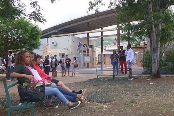 20151107 Sérénité Lycée Moulin Joli