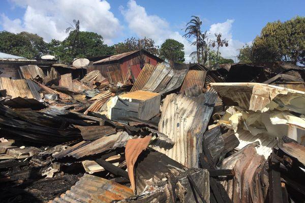 Les ruines du squat Zénon à Cayenne