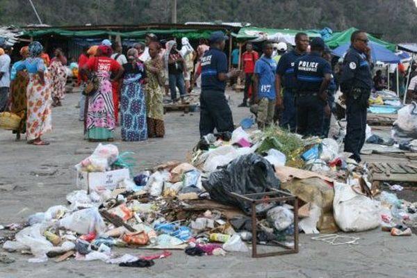 Ordures marché de Mamoudzou