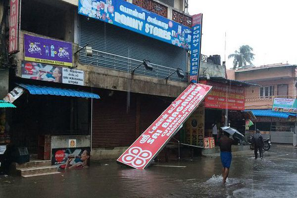 cyclone Chennai Inde
