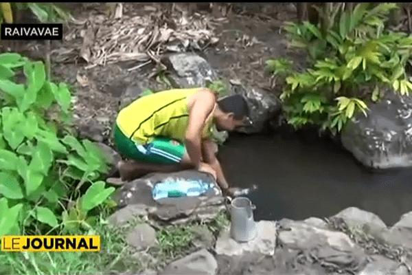 Raivavae manque d'eau
