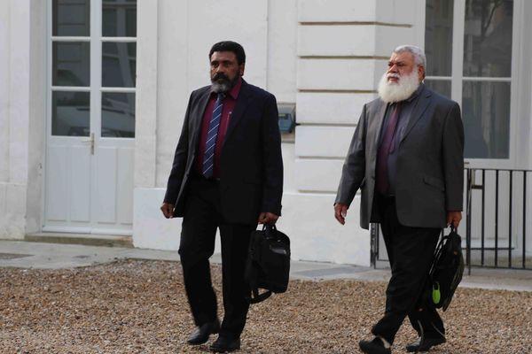 Paul Néaoutyine et Aldophe Digoue (Union nationale pour l'indépendance)