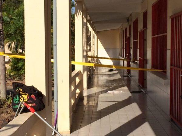 Kaala Gomen tir sur école