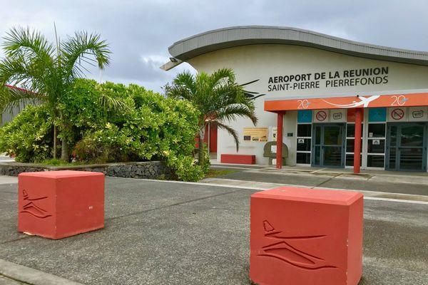 Coronavirus : l'aéroport de Pierrefonds à l'arrêt