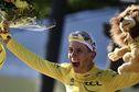 Tour de France 2021 : Tadej Pogacar, un sacre en clair-obscur