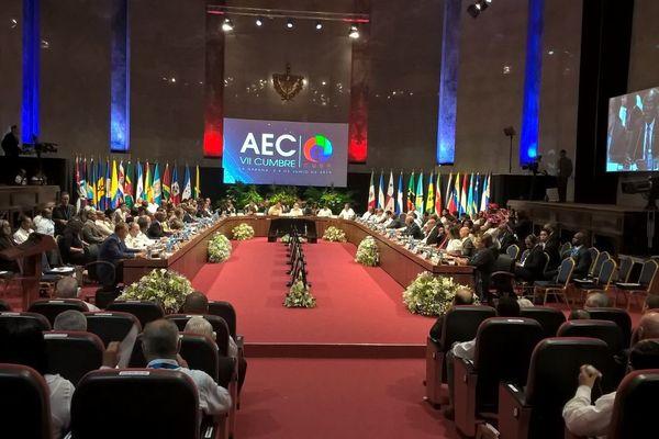 l'AEC à Cuba