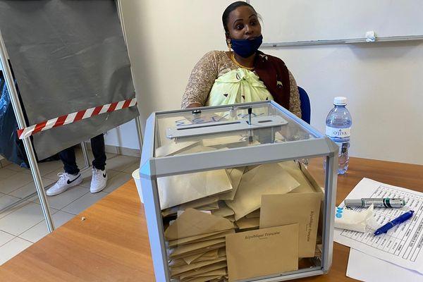 Urne pleine Ouangani participation élections municipales