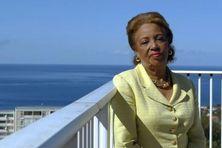 Lucette Michaux-Chevry, en 2003 au Conseil régional de Basse-Terre.