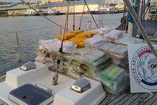 La marchandise saisie, est transportée pour destruction en Martinique.