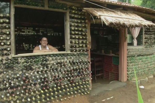 Maison en bouteille