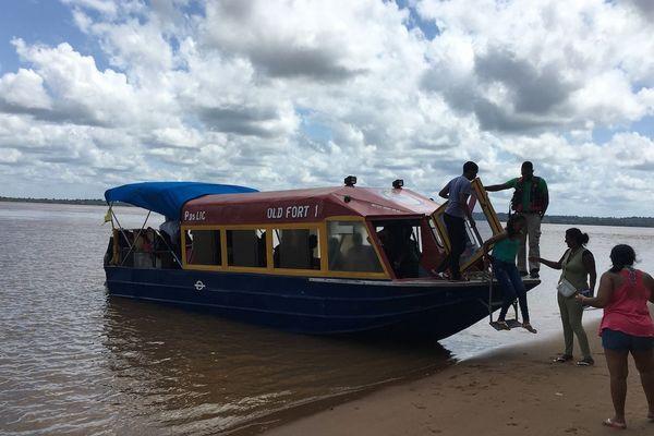 Embarquement des touristes