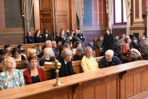 La famille de la victime au procès du meurtrier de Violet Price
