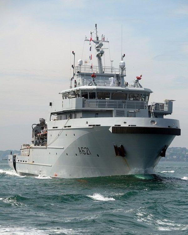 Le D'Entrecasteaux, premier de la série des B2M, est depuis le 29 juillet basé à Nouméa.