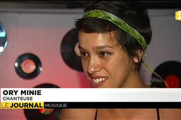 La chanteuse de jazz Ory Minie de retour au fenua