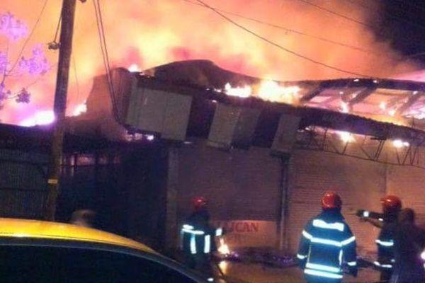 Les pompiers face au feu