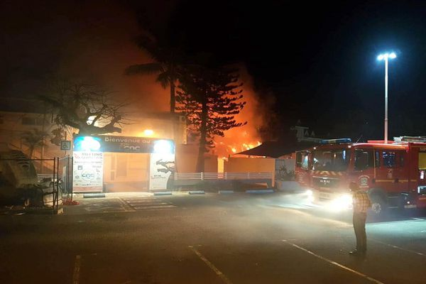Incendie au CNC, cercle des nageurs calédoniens, 28 juillet 2020