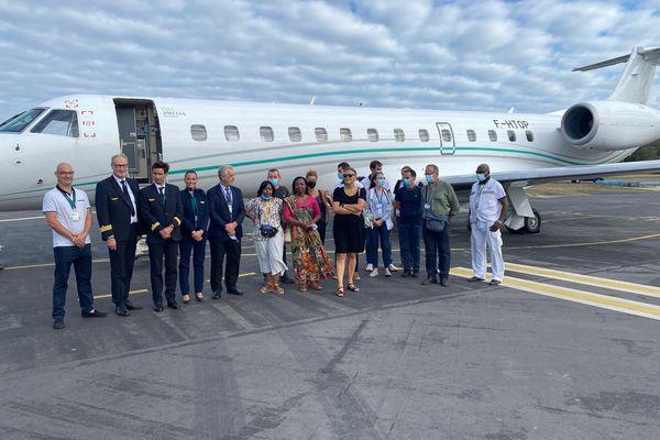 Présentation officielle avion et hélicoptère evasans ARS CHM aéroport Pamandzi