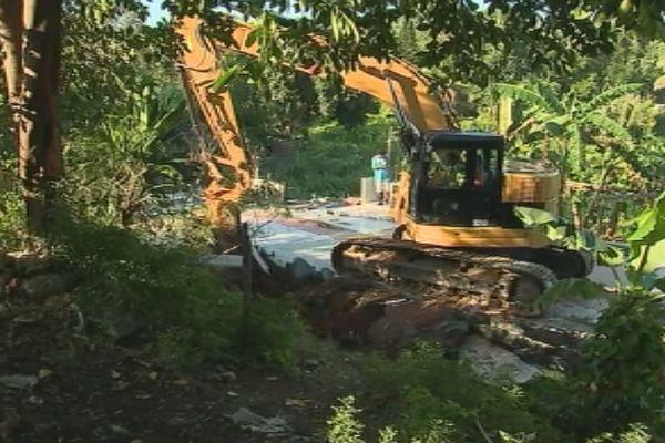 Destruction au squat katavana